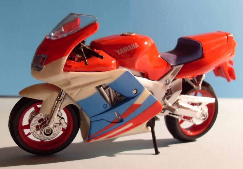 Motorradsammlung meiner Frau - Seite 2 Yamaha10