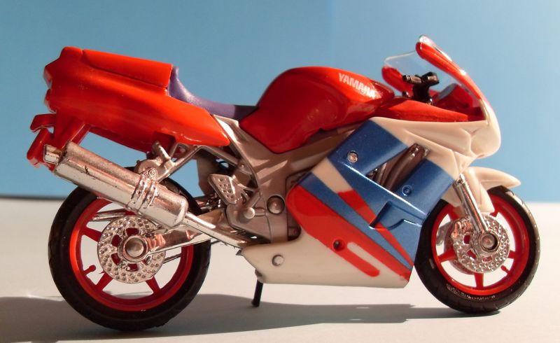 Motorradsammlung meiner Frau - Seite 2 Yamaha11