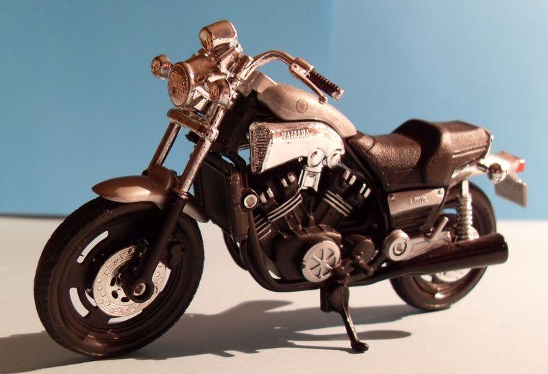 Motorradsammlung meiner Frau - Seite 2 Yamaha16