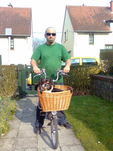 Comment transporter son chien sur son B? 310