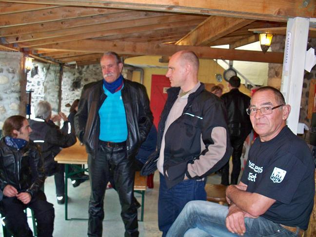 Compte-rendus Rencontre V2 en Ardèche 2013 - Page 4 100_4215