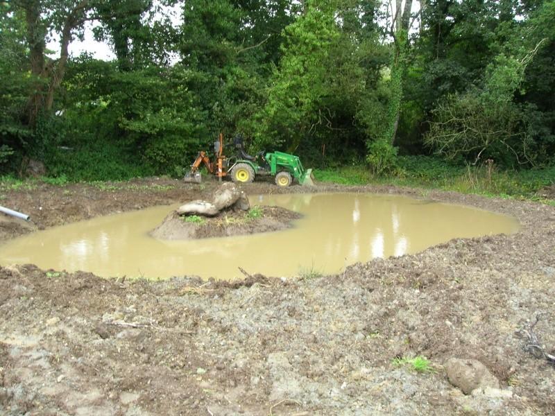 le plan d'eau avance petit à petit Dscn1210