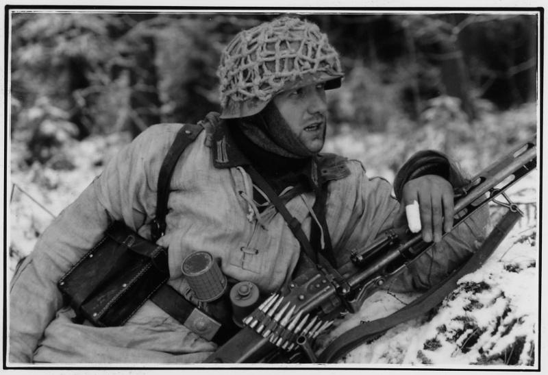 Photos de Vaux-sur-Sure (Waffen SS du Gbrhm) File1516