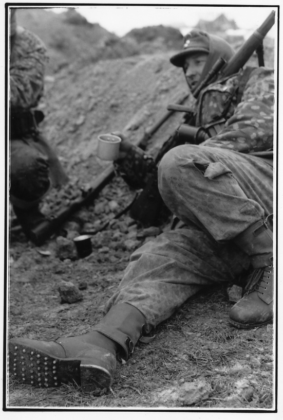 Photos de Vaux-sur-Sure (Waffen SS du Gbrhm) File1520