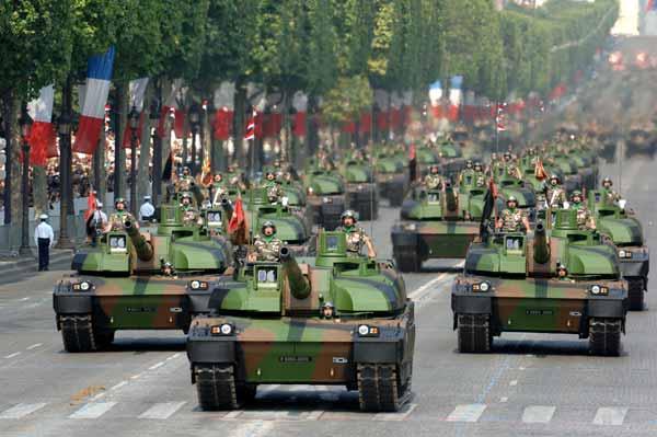 Le char lourd Français AMX 56 (56 tonnes)<<LECLERC>>(Source du Ministère des Armées) L-honn10