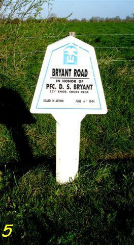 Monument WW2 - Utah Beach - Monument Engineer.  P1090625