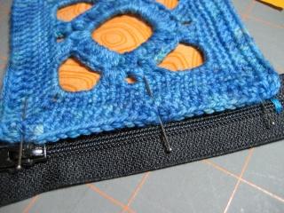 Cách may dây kéo vào ví (giỏ, túi) móc Pin-zi10