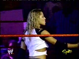 Triple H Et Candice Veulent un match mixte T415