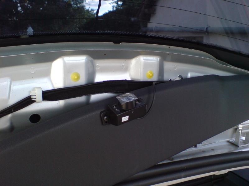 """Montage caméra de recul et écran 2.5"""" Dsc00810"""