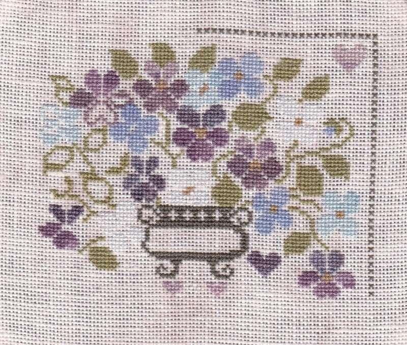SAL Sauvage Tralala Bouquet Violettes et Myosotis - Page 15 Tralal12
