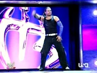 Triple H cherche 1 participant pour la wwe champion 00411