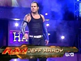 Triple H cherche 1 participant pour la wwe champion 00711