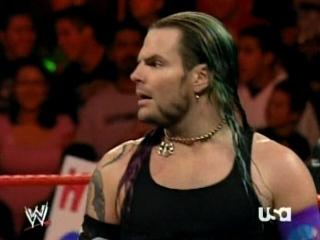 Triple H cherche 1 participant pour la wwe champion 03011