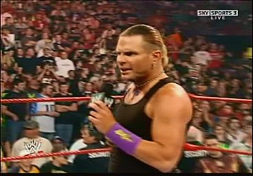 Triple H cherche 1 participant pour la wwe champion Pdvd_012
