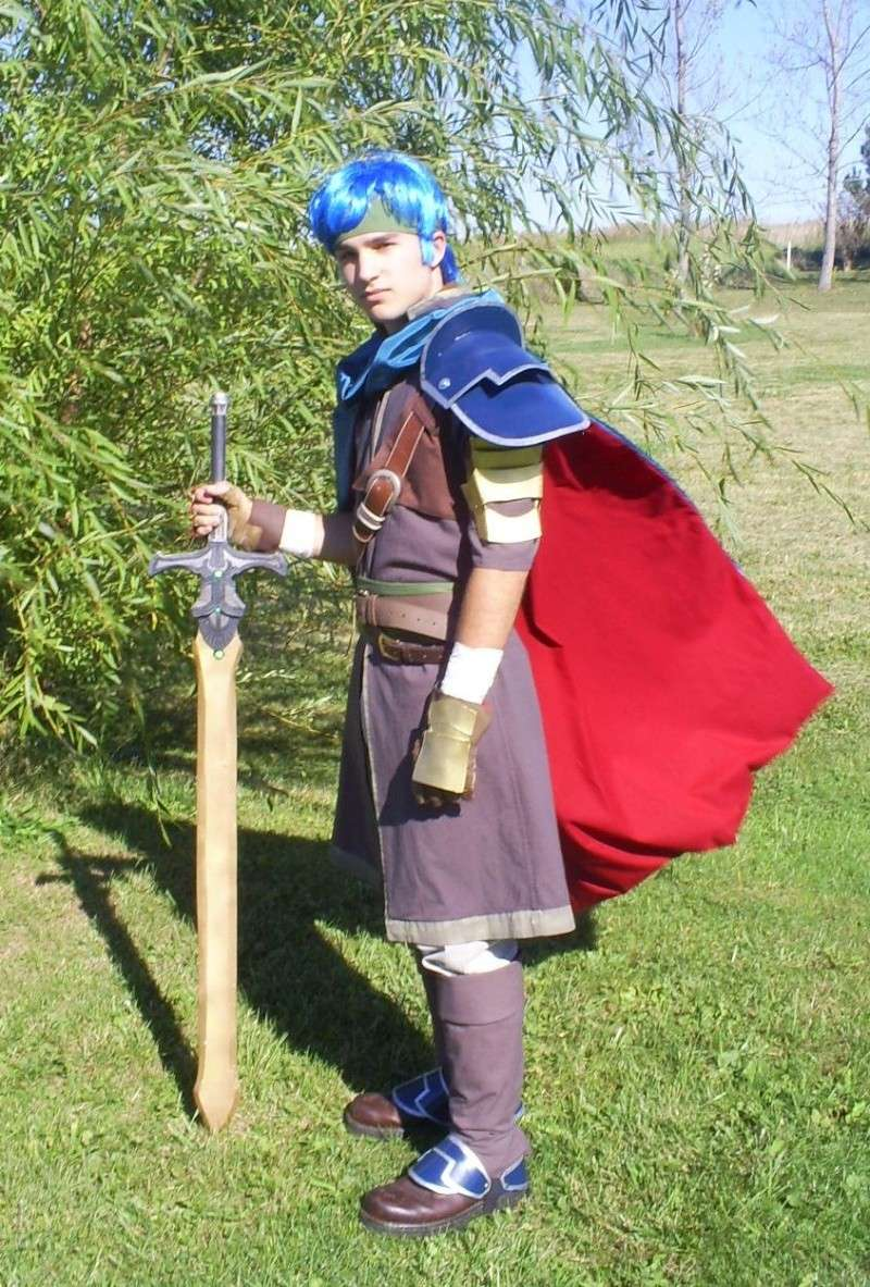 Quizz Cosplay - Page 11 Ike_co10