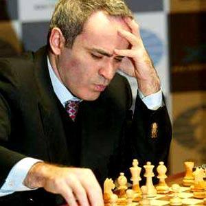 صور بعض أبطال الشطرنج . Uooooo10