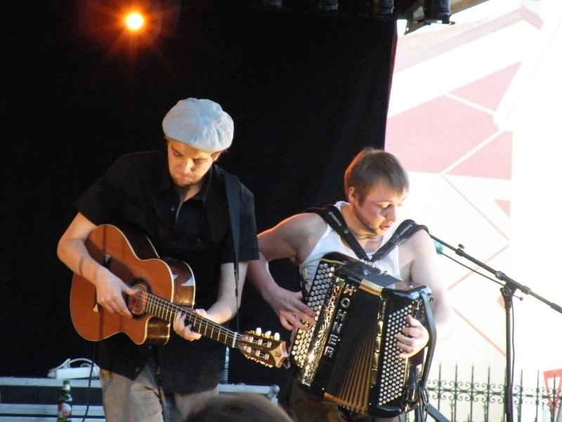 Fête de la musique à Audincourt - Page 2 2009_056
