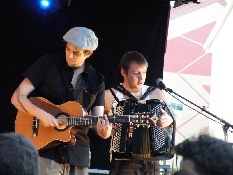 Fête de la musique à Audincourt - Page 2 2009_070