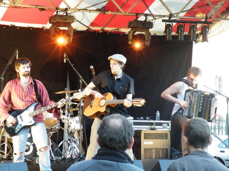 Fête de la musique à Audincourt - Page 2 2009_072