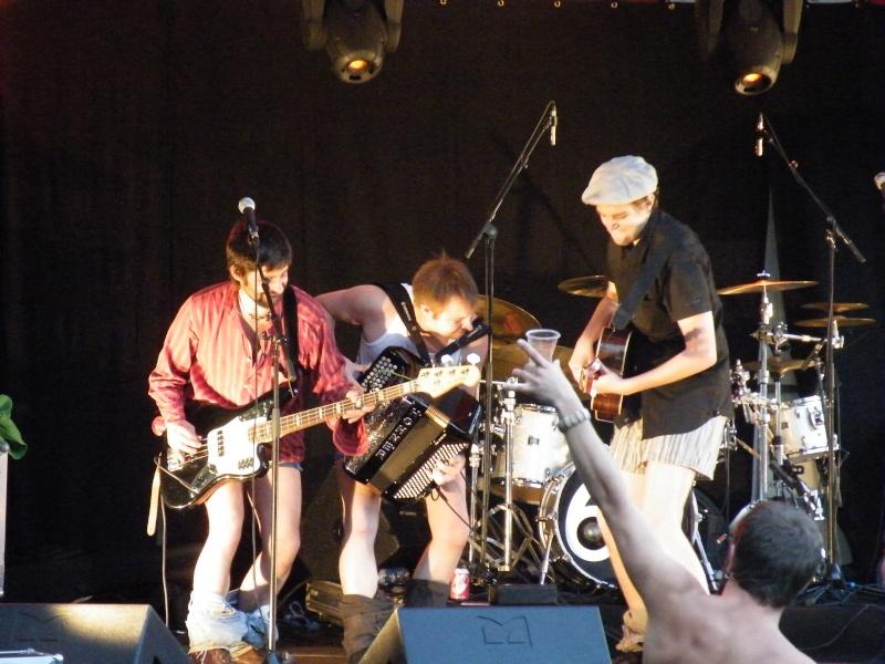 Fête de la musique à Audincourt - Page 2 2009_077