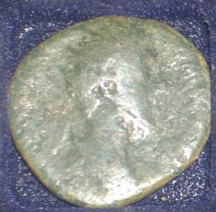 Dupondius de Antonin le Pieux Rom_av10