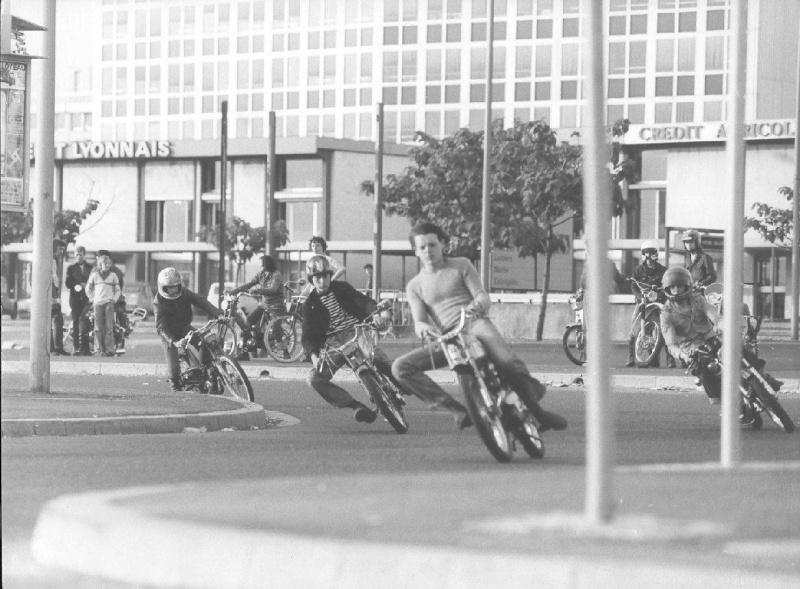 RUNGIS, CAROLE & 70's Moto_517