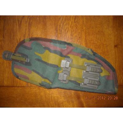 Ces objets militaires dont on se demande toujours d'où ils viennent. _0000310
