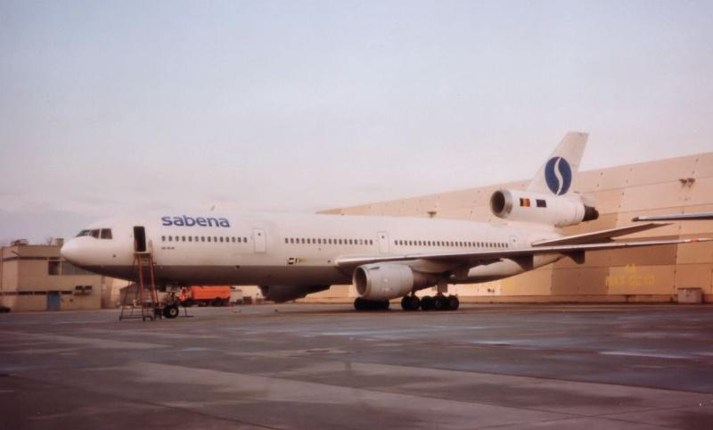 DC-10 in FRA D-adjo11