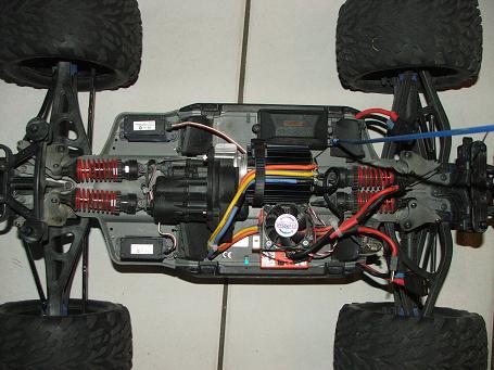 Traxxas E-Revo 5605 1/8 en brushless MMM Dscf4313