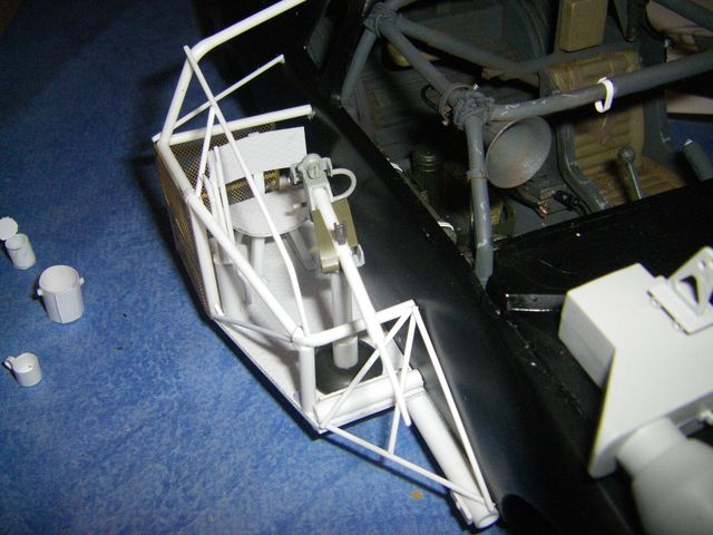 voiture façon MADMAX au 1/16 Imgp5010