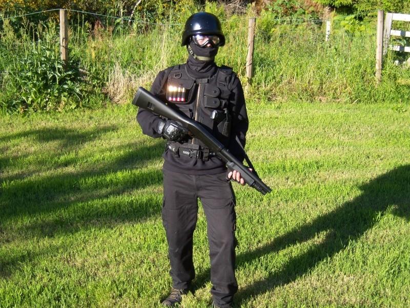 Meg og Espen i Swat/special force utstyr I_got_10