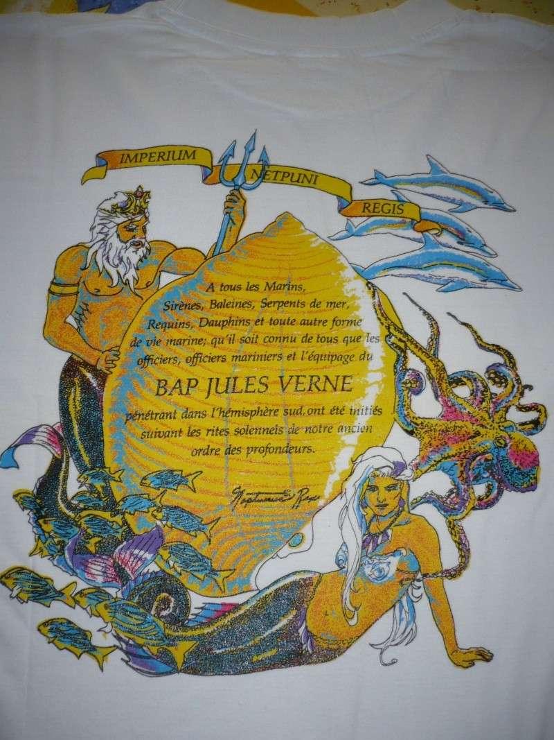 "[ Logos - Tapes - Insignes ] VOS TEE-SHIRTS ET VOS CASQUETTES SOUVENIRS MARINE"" 01910"