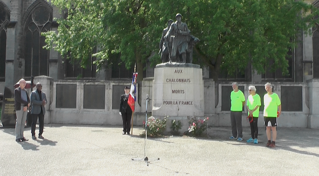 PARIS-STRASBOURG  (commémoration) - Page 2 Sans_t10