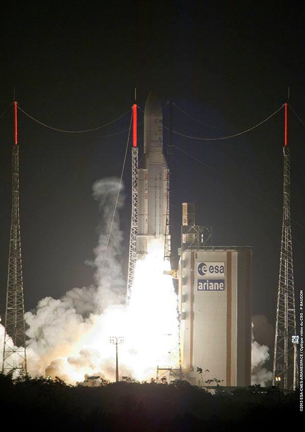 """Lancement Ariane 5 ES VA213 / ATV-4 """"Albert Einstein"""" - 5 juin 2013  - Page 6 Sans_t77"""