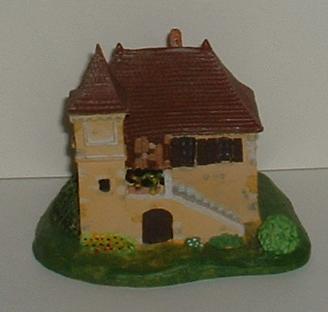 Une maison en flamme... - Page 2 Mmf_0210