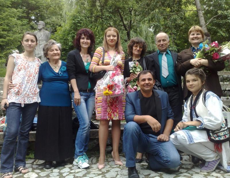"""""""Zâmbete în grădina copilăriei"""" - Lansare de carte si spectacol artistic, 01 iunie2013 210"""
