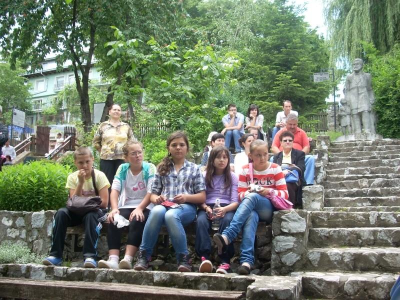 """""""Zâmbete în grădina copilăriei"""" - Lansare de carte si spectacol artistic, 01 iunie2013 Bojdeu21"""