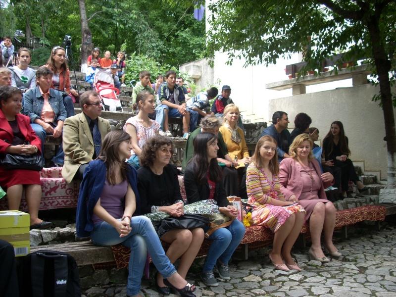 """""""Zâmbete în grădina copilăriei"""" - Lansare de carte si spectacol artistic, 01 iunie2013 Bojdeu33"""