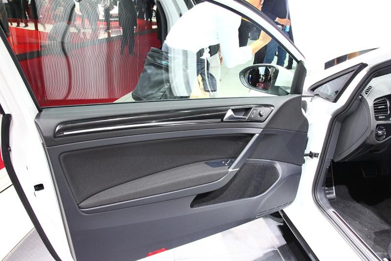 Golf 7 GTI - 05 mars présentation officielle au Salon de Genève 2013 (1/2) 812