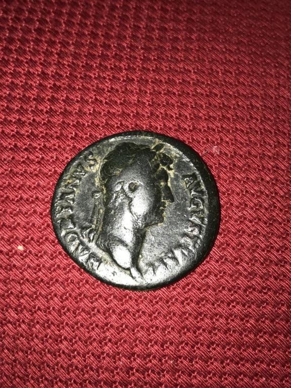 As de Adriano. COS III - S C. Salus estante a dcha. Roma. 97dd6710