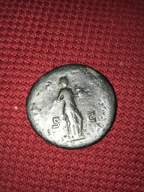 As de Adriano. COS III - S C. Salus estante a dcha. Roma. B5a02c10