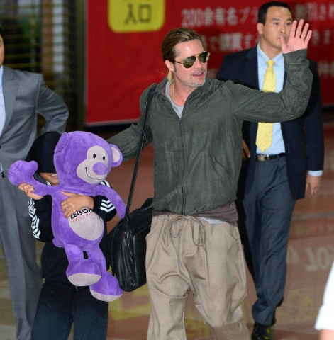 Brad and Pax arrive at Gimpo Airport..Seoul, South Korea, June 11th 2013 0000_c14