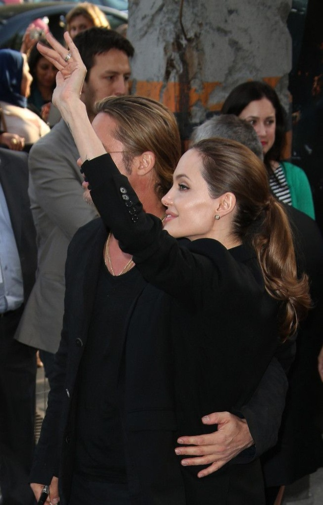 Brad and Angelina World War Z Premiere,UGC Normandie Movie Theatre.. Paris,France..June 3rd 2013 - Page 2 00020116