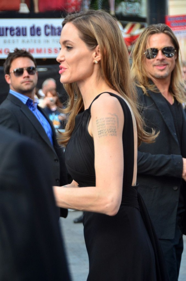 Brad and Angelina at World War Z Premiere..Leicester Square, London..June 2nd, 2013 - Page 3 00122713