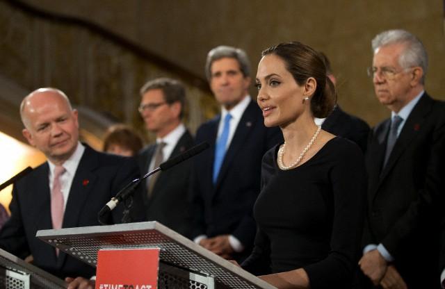 Angelina at G8 Summit..April 11th 2013 00122910