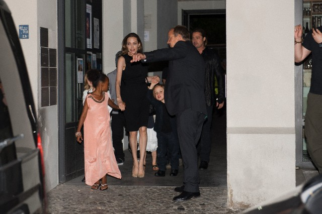 Brad, Angelina and Kids Dine at Kuchi Restaurant, Berlin,Germany..June 4th 2013 00133211