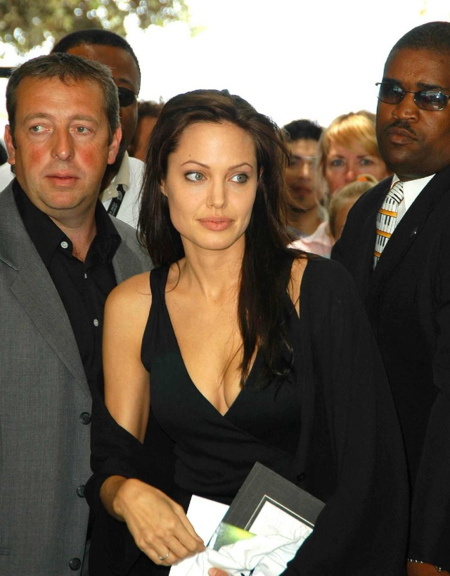 Angelina at ComicCon..July 19th 2003 00144616