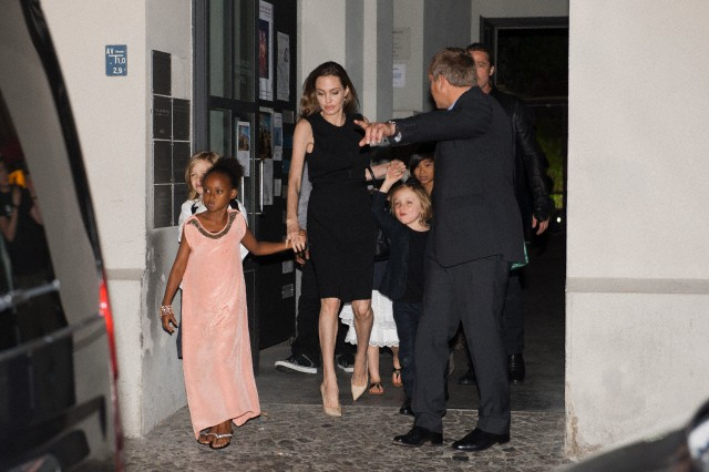 Brad, Angelina and Kids Dine at Kuchi Restaurant, Berlin,Germany..June 4th 2013 0019811