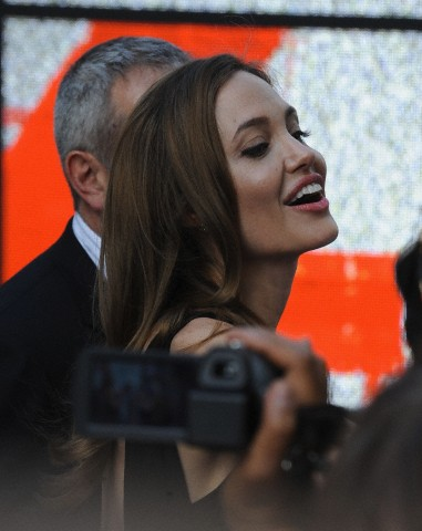Brad and Angelina at World War Z Premiere..Leicester Square, London..June 2nd, 2013 - Page 2 0026613