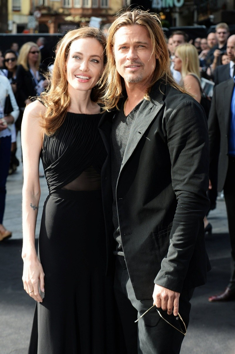 Brad and Angelina at World War Z Premiere..Leicester Square, London..June 2nd, 2013 - Page 2 00335731